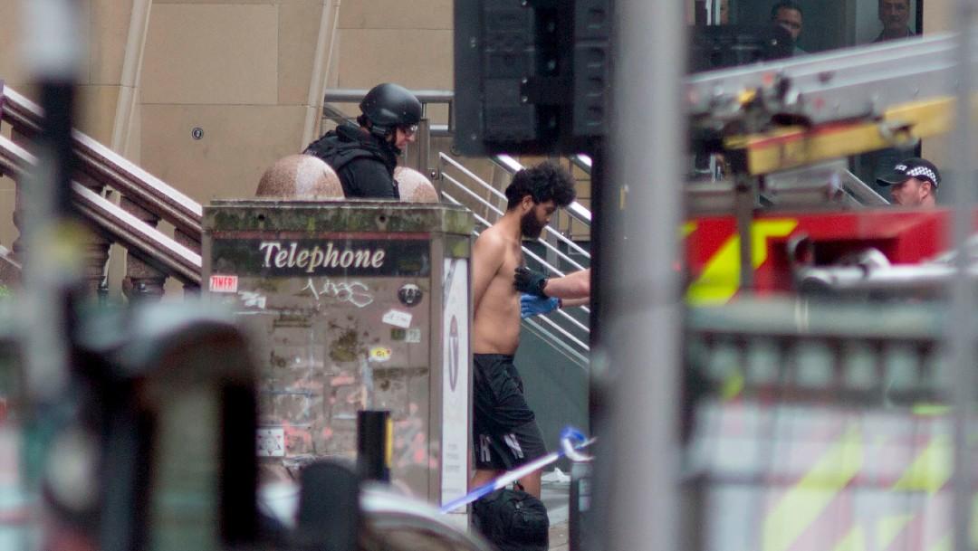 Tres muertos en un ataque con cuchillo en un hotel de Glasgow; el agresor fue abatido