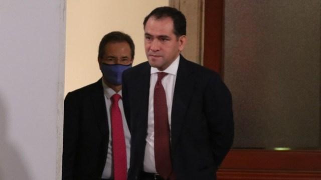 Arturo Herrera, secretario de Hacienda, se recupera 'satisfactoriamente' de COVID-19.