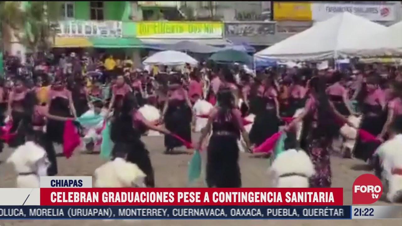 graduaciones en Chiapas sin respetar sana distancia en plena pandemia de coronavirus