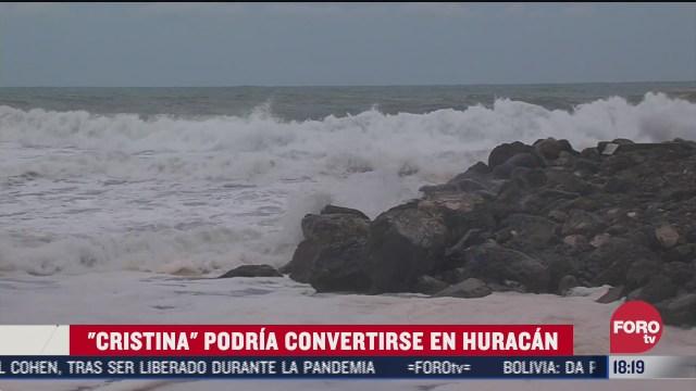 cristina provoca lluvias y alto oleaje en costas del pacifico