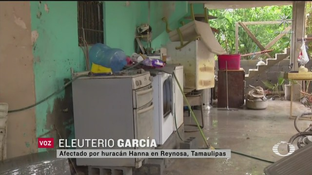 Familia damnificada de Reynosa narra cómo encontró su casa tras el paso de Hanna