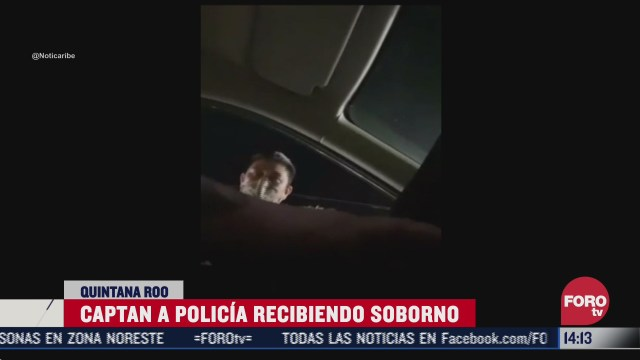graban a policia de cancun exigiendo soborno