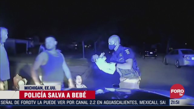 Video: Policía de Michigan, Estados Unidos, salva a un bebé