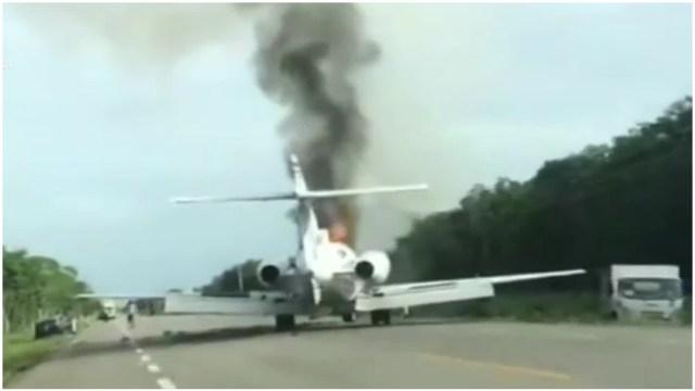 Aeronave se incendia tras aterrizaje