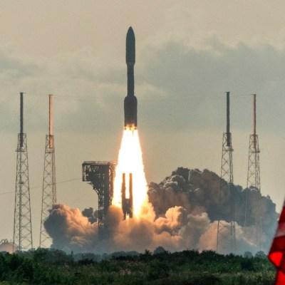 NASA lanza vehículo espacial Perseverance a Marte para encontrar vida microscópica