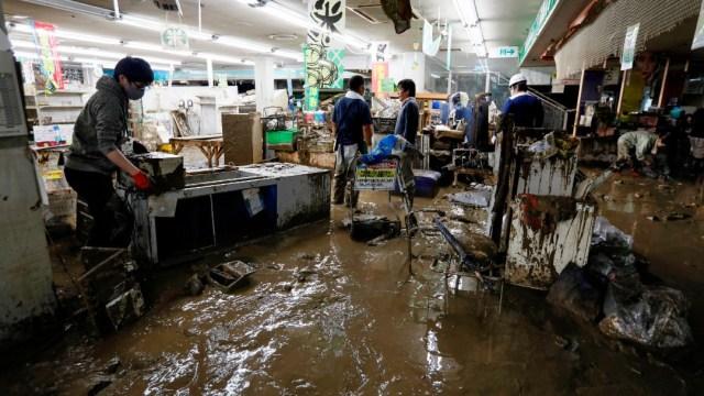Lluvias en Japón dejan 64 muertos, alertan sobre más precipitaciones en próximas horas