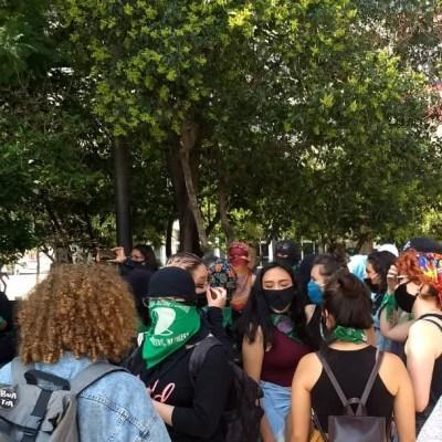 Feministas protestan en CDMX por rechazo a proyecto de despenalización de aborto en Veracruz