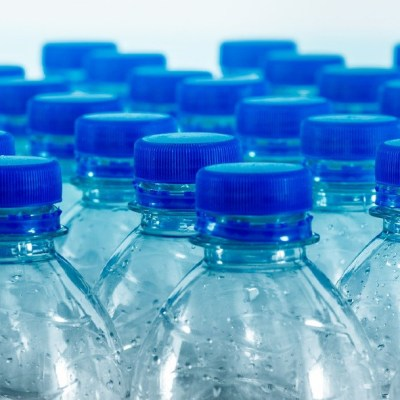El uso de plásticos desechables aumenta riesgo de contagio de covid: Sedema
