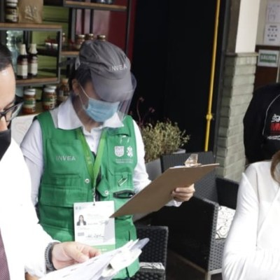Personal de la alcaldía Miguel Hidalgo realizaron recorridos en bares y restaurantes en la zona de Polanquito.