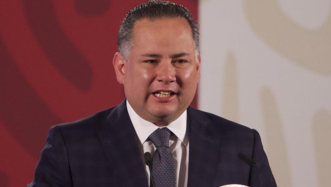 Santiago Nieto, titular de la UIF, llama a superar polarización de 'chairos' y 'fifís'