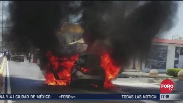 FOTO: 11 de julio 2020, se incendia vehiculo en monterrey nuevo leon