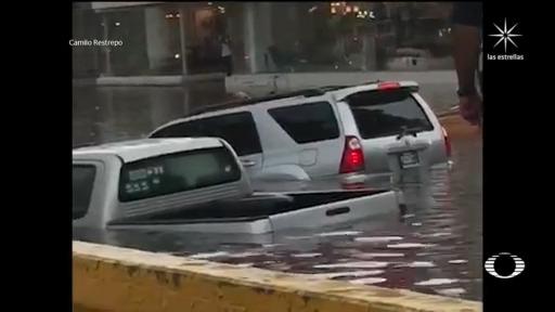 inundaciones por lluvias en avenida Colon Guadalajara, Jalisco