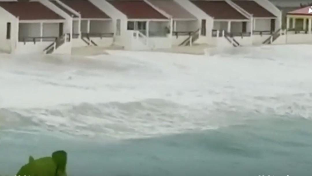 Tormenta tropical 'Isaías' deja copiosas lluvias a su paso por Puerto Rico y Antillas Menores