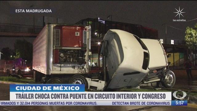 trailer choca contra puente en circuito interior y congreso de la union en cdmx