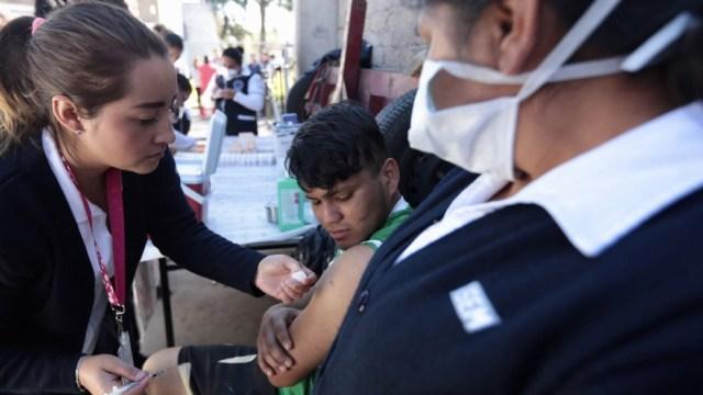 Vacuna-Triple-Viral-no-combate-COVID-19-advierte-Cofepris
