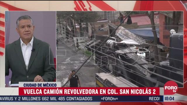 FOTO: 1 de agosto 2020, camion revolvedora vuelca en la colonia san nicolas 2 en la cdmx