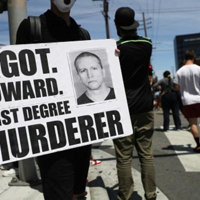 Fiscales pedirán penas muy duras contra policías acusados de muerte de Floyd en EEUU