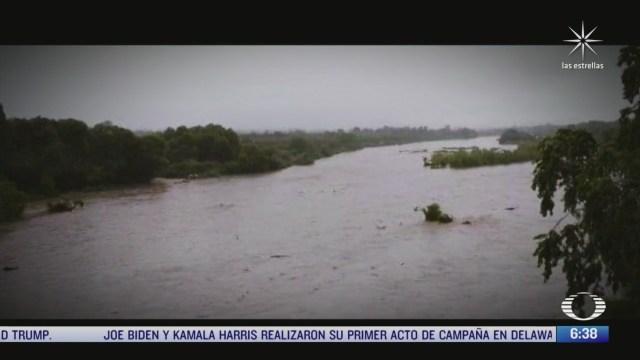 desbordamiento de rio deja a decenas de familias afectadas en veracruz
