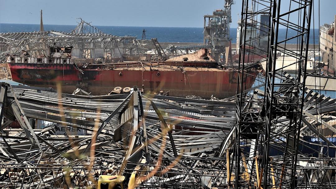 Vista del área dañada en Beirut, Líbano, tras las explosiones. (Foto: EFE)
