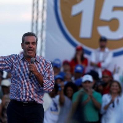 Abinader asume la Presidencia de República Dominicana en plena crisis por COVID-19