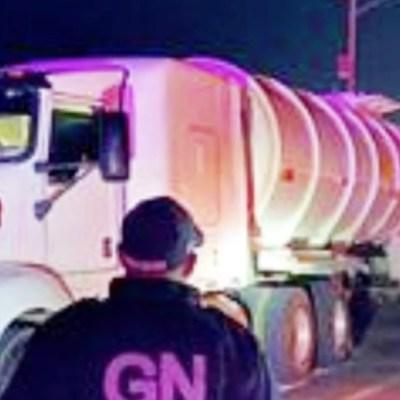 Guardia Nacional recupera dos camiones robados y asegura 62 mil litros de combustible en Durango