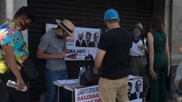 junta de firmas para enjuiciar a expresidente
