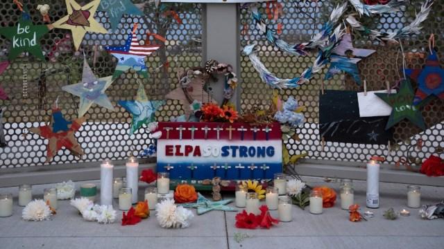 A un año de la masacre en Walmart en El Paso, Texas, conmemoran a las 23 víctimas