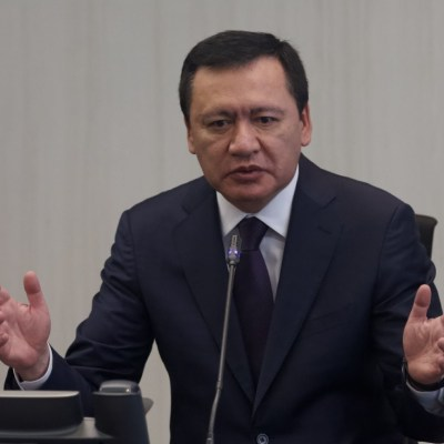 Detienen a excolaborador de Osorio Chong en Segob