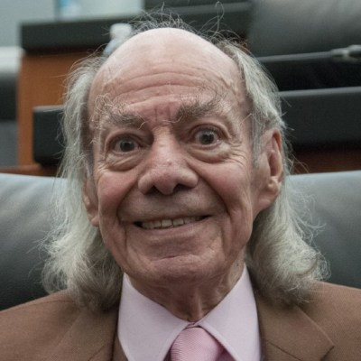 Muere Manuel 'El Loco' Valdés