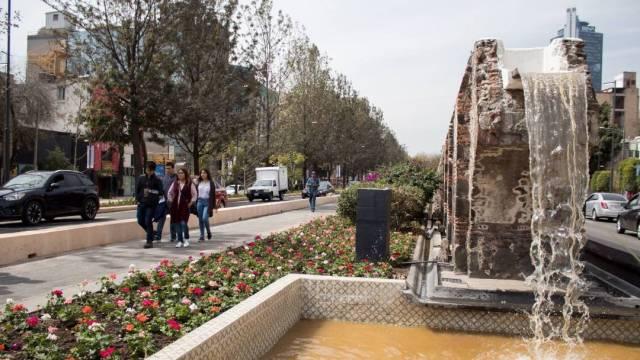 La Secretaría de Obras y Servicios de la CDMX lleva a cabo obras en la Avenida Chapultepec para hacerla más amigable al peatón