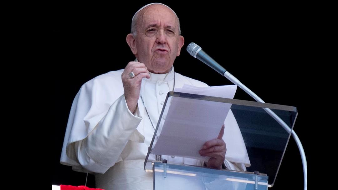 El papa Francisco alerta de sobre 'patologías sociales' de la pandemiapor COVID-19