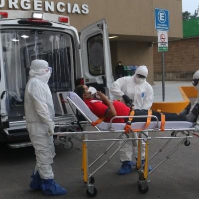 Paramédicos se enfrentan a la angustia por contagios de COVID-19