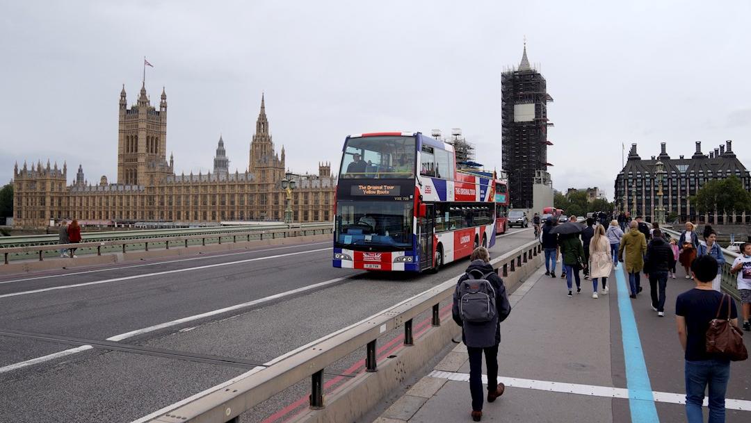 Reino Unido teme que el regreso a universidades desate un rebrote de COVID-19. (Foto: EFE)
