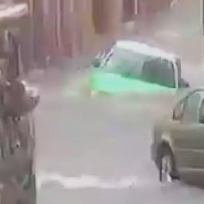 Fuerte lluvia azota San Miguel de Allende, Guanajuato