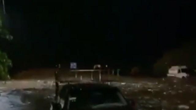 Tromba provoca desbordamiento del río Mixteco en Puebla
