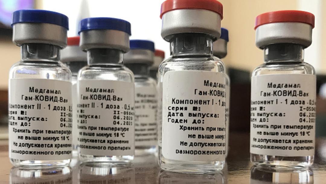 Rusia dijo que la primera tanda de su vacuna contra el COVID-19 estará lista para inmunizar a médicos.