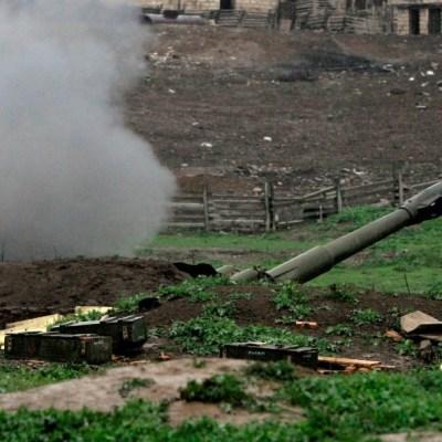 Armenia derriba 2 helicópteros azerbaiyanos y decreta ley marcial por conflicto