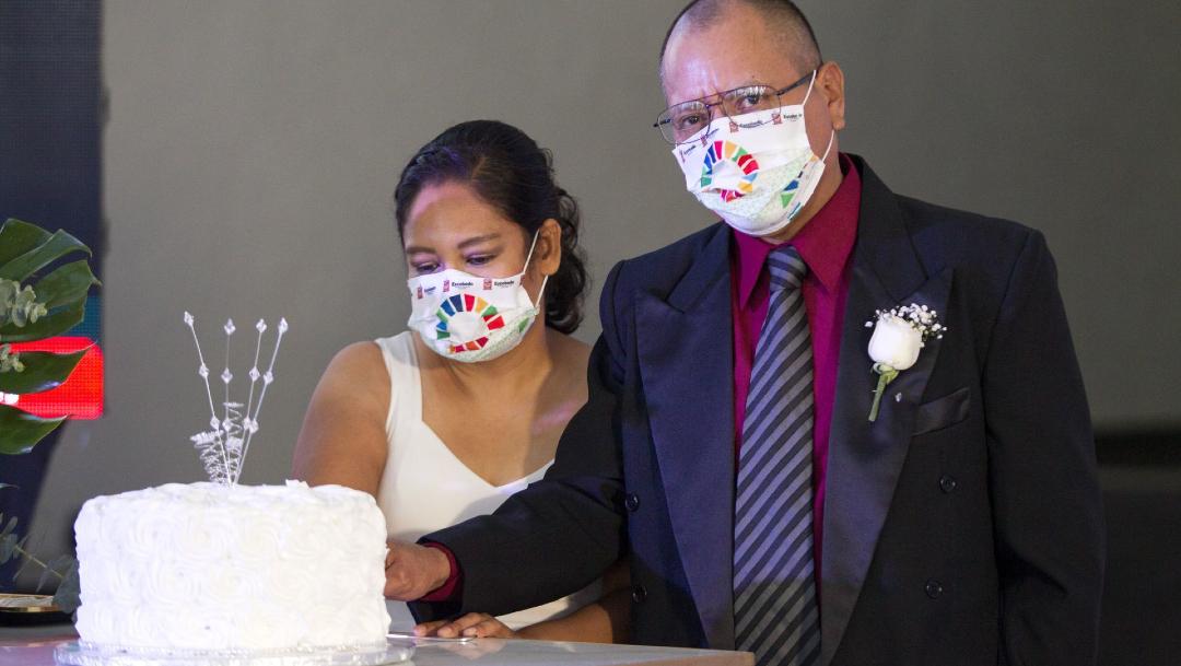 Fotografía de una boda colectiva virtual en el municipio de Escobedo, Nuevo León