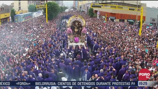 cancelan fiesta del senor de los milagros en peru por covid