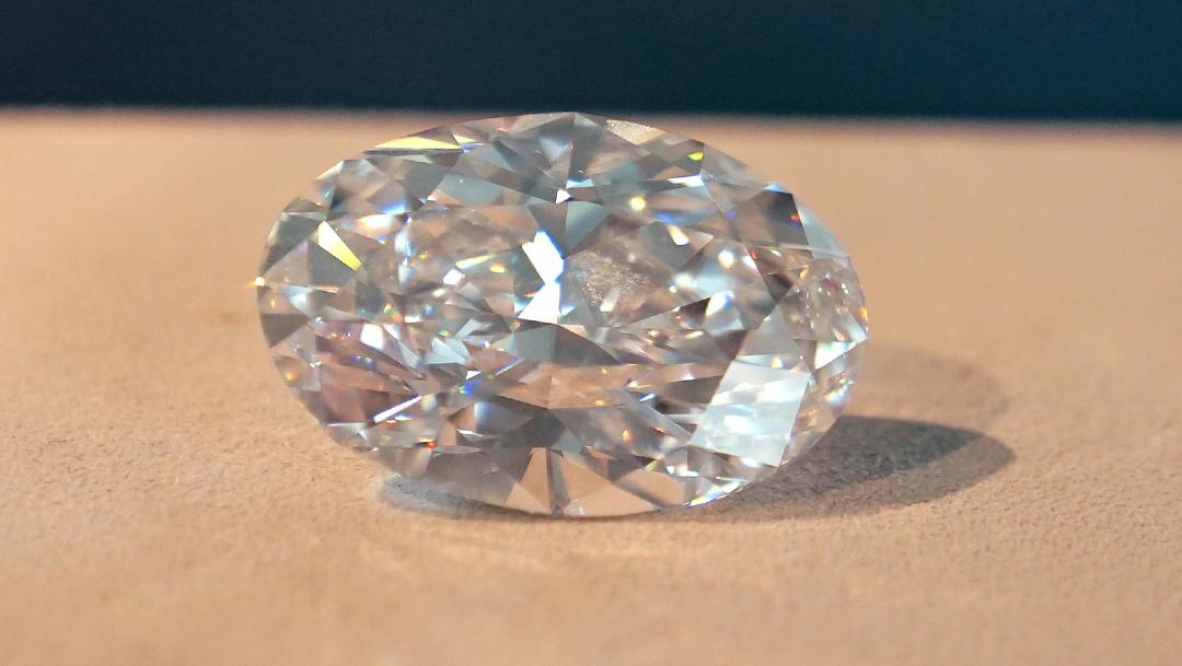 Diamante perfecto 'extremadamente raro' de 102 quilates será subastado