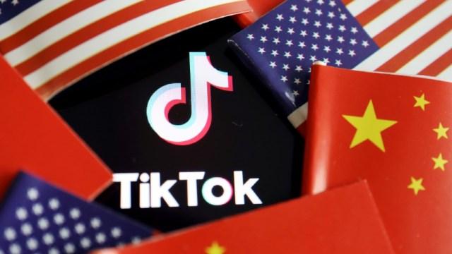 Trump-amenaza-a-TikTok-acuerda-venta-o-dejará-de-operar