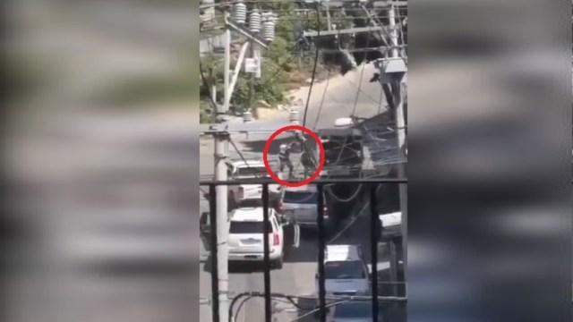 Policías enfrentan y abaten a extorsionadores en Acapulco