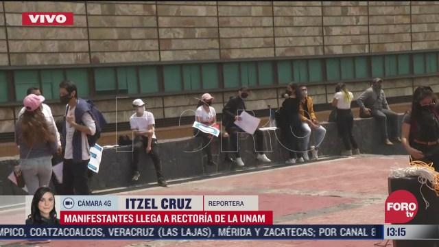 estudiantes rechazados por la unam se manifiestan en rectoria de c u