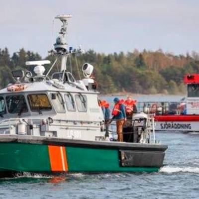 Un ferry con 300 pasajeros encalló en aguas del Mar Báltico entre Finlandia y Suecia. No se reportaron heridos