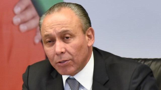 UIF congela cuentas bancarias del exgobernador de Chihuahua, José Reyes Baeza