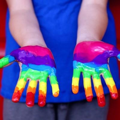 CDMX permitirá cambio de nombre y género a niños trans