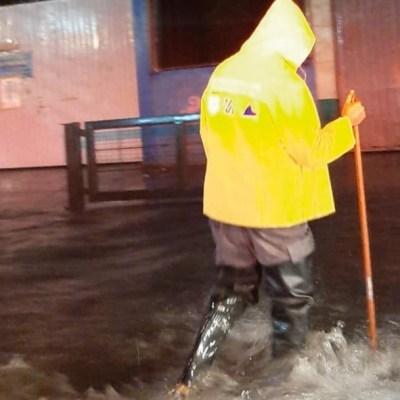 Fuerte tormenta deja afectaciones al menos en ocho alcaldías de la CDMX