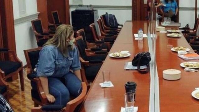 Madre se encierra en la CNDH por su hija