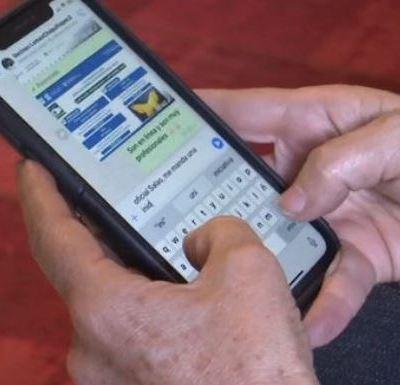 Vecinos de CDMX crean grupos de WhatsApp contra la inseguridad