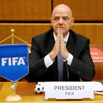 COVID-19 costará al futbol 14 mil millones de dólares este año: FIFA